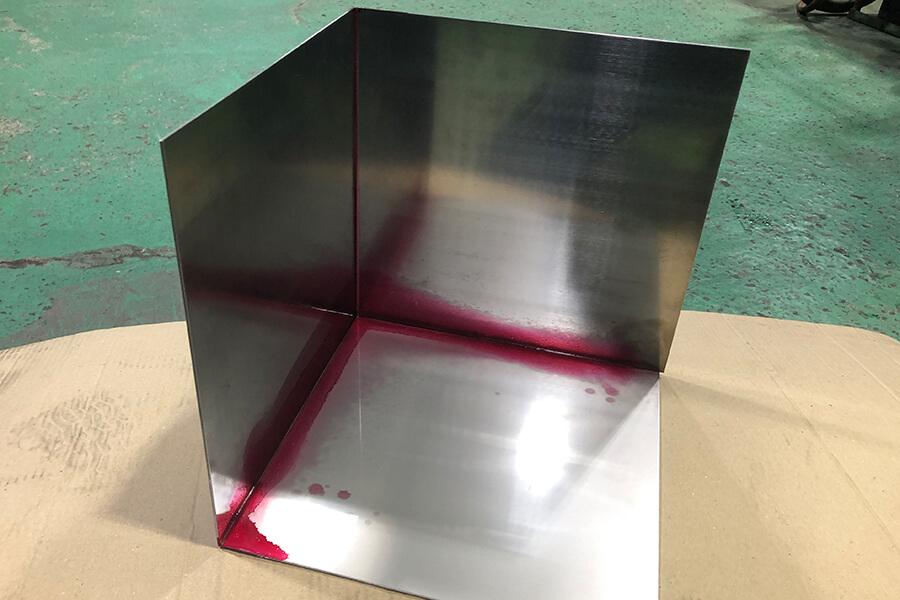 塗料を使った溶接漏れチェック(内側)
