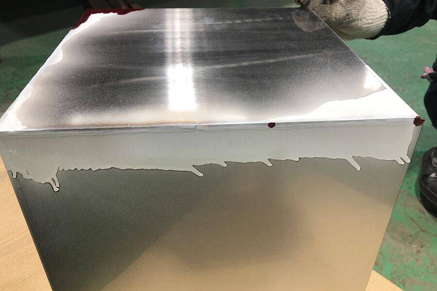 塗料を使った溶接漏れチェック(外側)